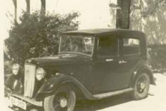 Año 1935. El coche del médico.