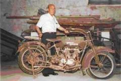 Año 1939. Harley Davidson del abuelo de Felipe Baena.