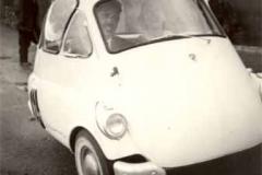 Año 1957. Isetta.