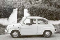 Año 1967. Manuel Sequeiros y su 600.