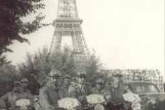 Año 1963. La Guardia Civil toma París.
