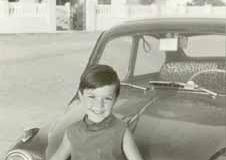 Año 1968. Niño y 600.