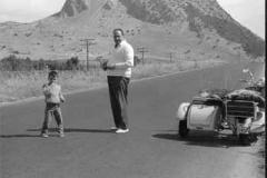 Año 1963. Vespa con sidecar en Marbella.
