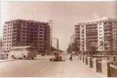 Año 1960. Tráfico en la Plaza de Cuba.