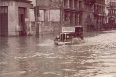 Año 1961. Austin navegando.