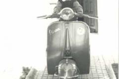 Año 1968. Vespa.