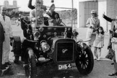 Año 1970. Cadillac de 1910.