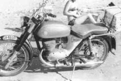 Año 1975. Montesa Comando 175.